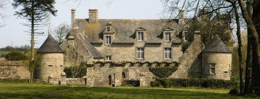 Château de Kerouartz, son parc et sa chapelle