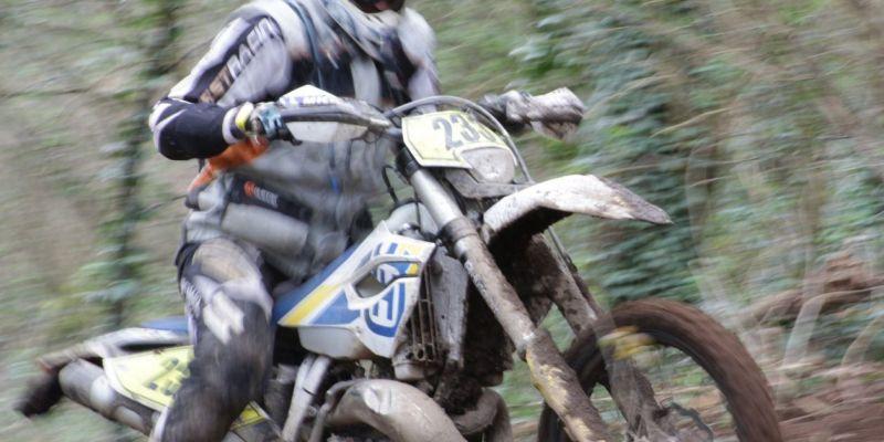 Enduro moto