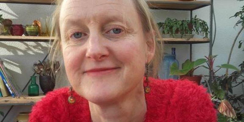 Dédicace de  Haute en tics  par Anne Jamelot