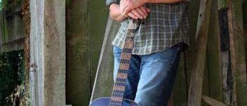 Concert Paul Cowley (Blues) au petit café dans la prairie THEIX-NOYALO