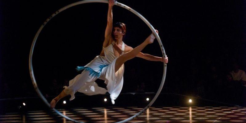 In Gino veritas, cirque Morallès