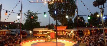 « Entrez dans la Danse ! » par le Cirque Bidon Le Cellier