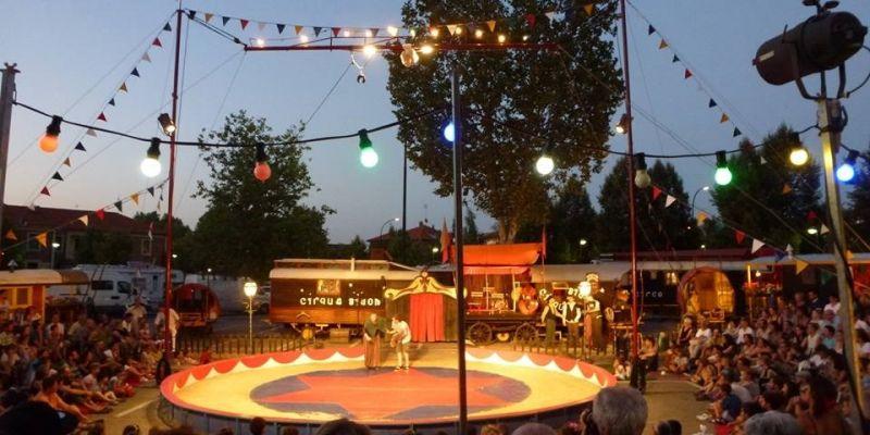 « Entrez dans la Danse ! » par le cirque Bidon
