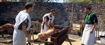 Médiévale : réservation cochon grillé à la Taverne du P'tit bouc Guérande