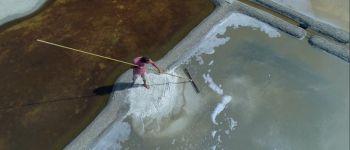 Visite insolite, à la découverte d'un paludier Batz-sur-Mer