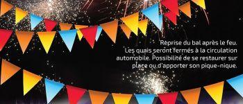 Mobil dancing et feu d\artifice Couëron