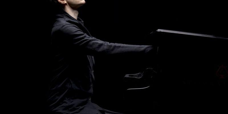 Alexandre Tharaud et l'Orchestre symphonique de Bretagne