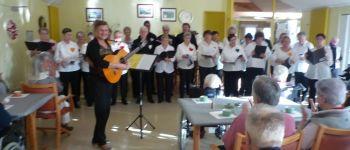 Chant choral avec le groupe \Plaisir de Chanter\ Plozévet