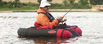 Initiation pêche en float-tube Jugon-les-Lacs - Commune nouvelle