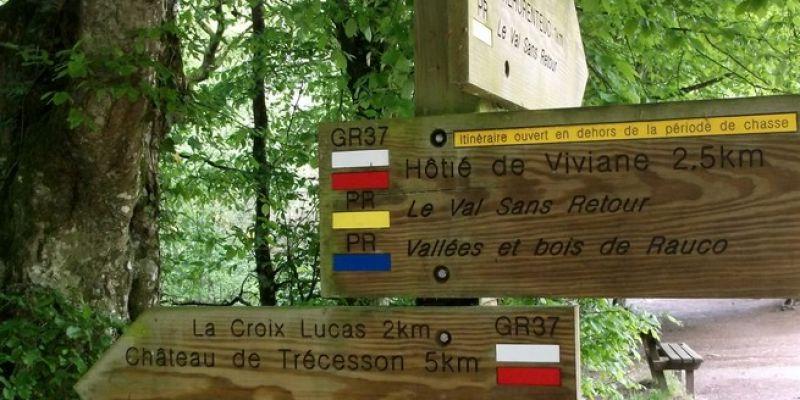 Randonnée pédestre en Brocéliande: Par Monts et par Vaux