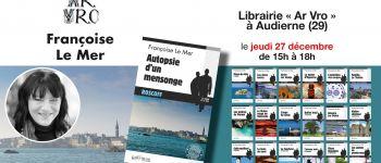 Françoise Le Mer en dédicace de son nouveau livre \Autopsie d\un mensonge\ Audierne