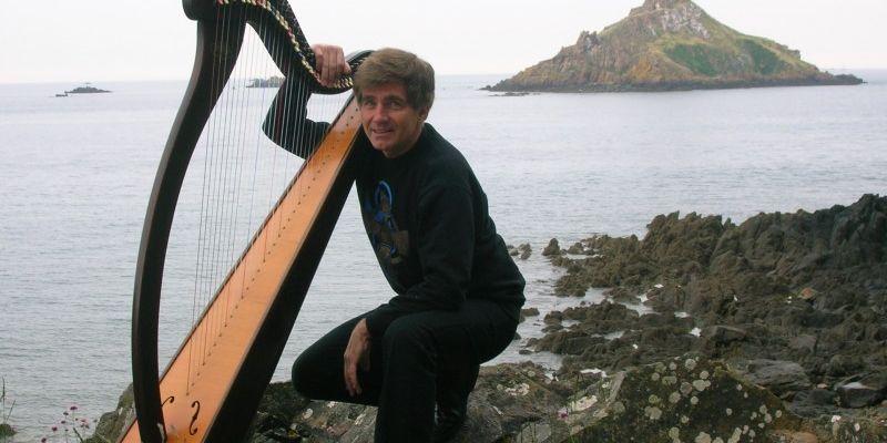 Harpe et chant par Yvon Le Quellec