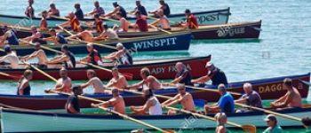 Course de bateaux anglais en bois : le Big Gig Caurel