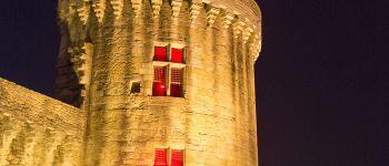 Les fortifications en nocturne Vannes