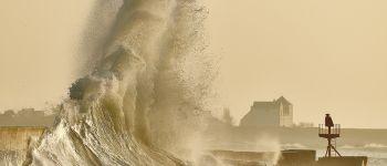 Exposition photographique \La Bretagne côté mer - 2 \ de Michel DELUEN à l\Abbaye de Blanche Couronne (44) La Chapelle-Launay