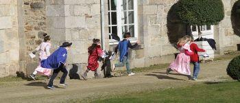 Petite enquête dans le parc du château de Quintin Quintin
