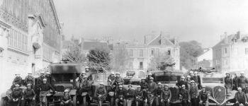 Aux Archives Municipales sur l'esplanade du port (rive droite) - l\histoire et la vie de la compagnie des Sapeurs-Pompiers de Vannes Vannes