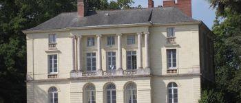 VISITE DES EXTERIEURS DU CHATEAU DE GRANDVILLE Port-Saint-Père