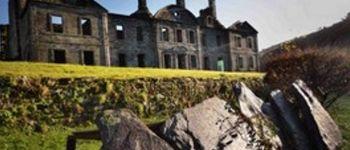 Venez découvrir ou re-découvrir l\Abbaye de Bon Repos nichée dans un écrin de verdure / Expositions et visite libre Saint-Gelven