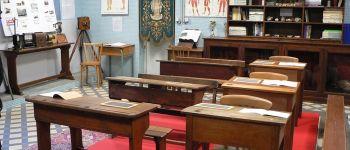 Visites commentées d\un musée scolaire Pontivy