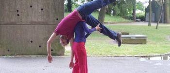 Danse contemporaine : atelier de contact improvisation Nantes