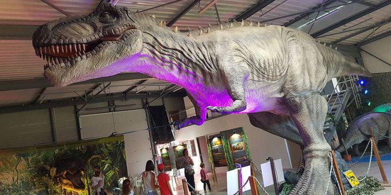 Le monde des Dinosaures Brest